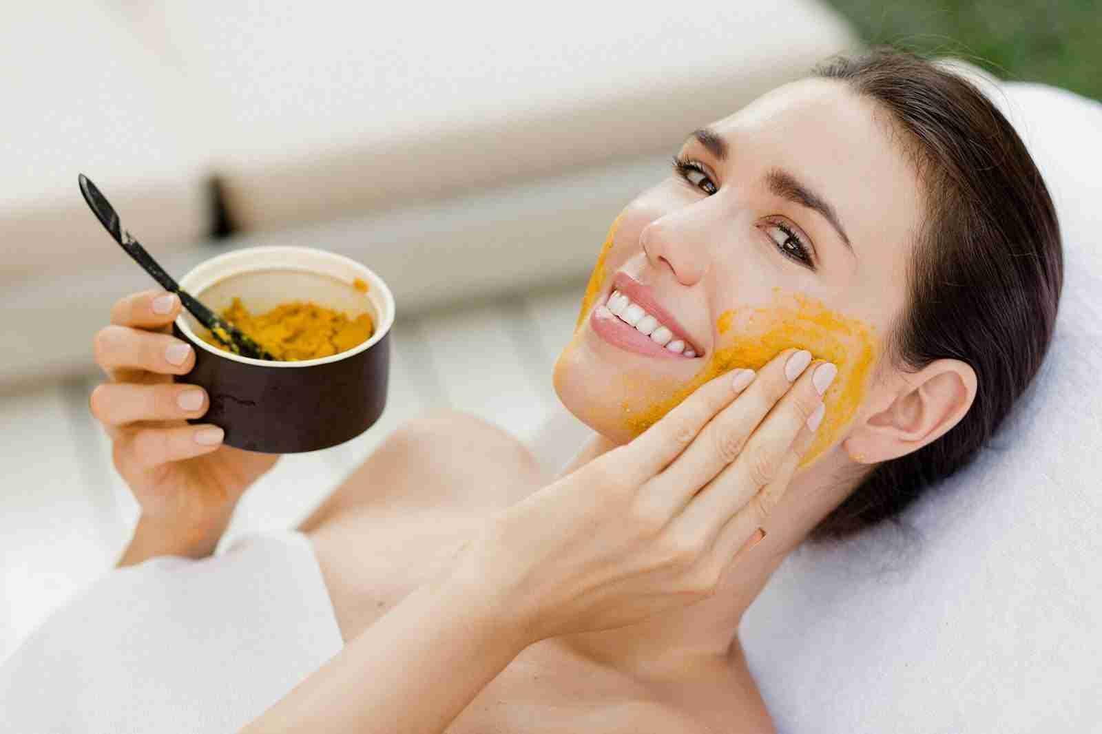 وصفات طبيعية لتبيض الوجه من اول مرة